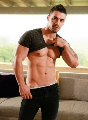Hot Gay Arad,Markie More,