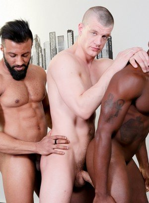 Hunky Gay Damian Flexxx,Caleb King,Osiris Blade,