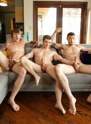 Big Dicked Gay Tom Faulk,Gabriel Cross,River Elliott,