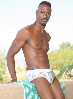 Sexy Guy Derek Maxum,
