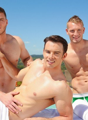 Handsome Guy Addison Graham,Jake Karhoff,Ivan James,