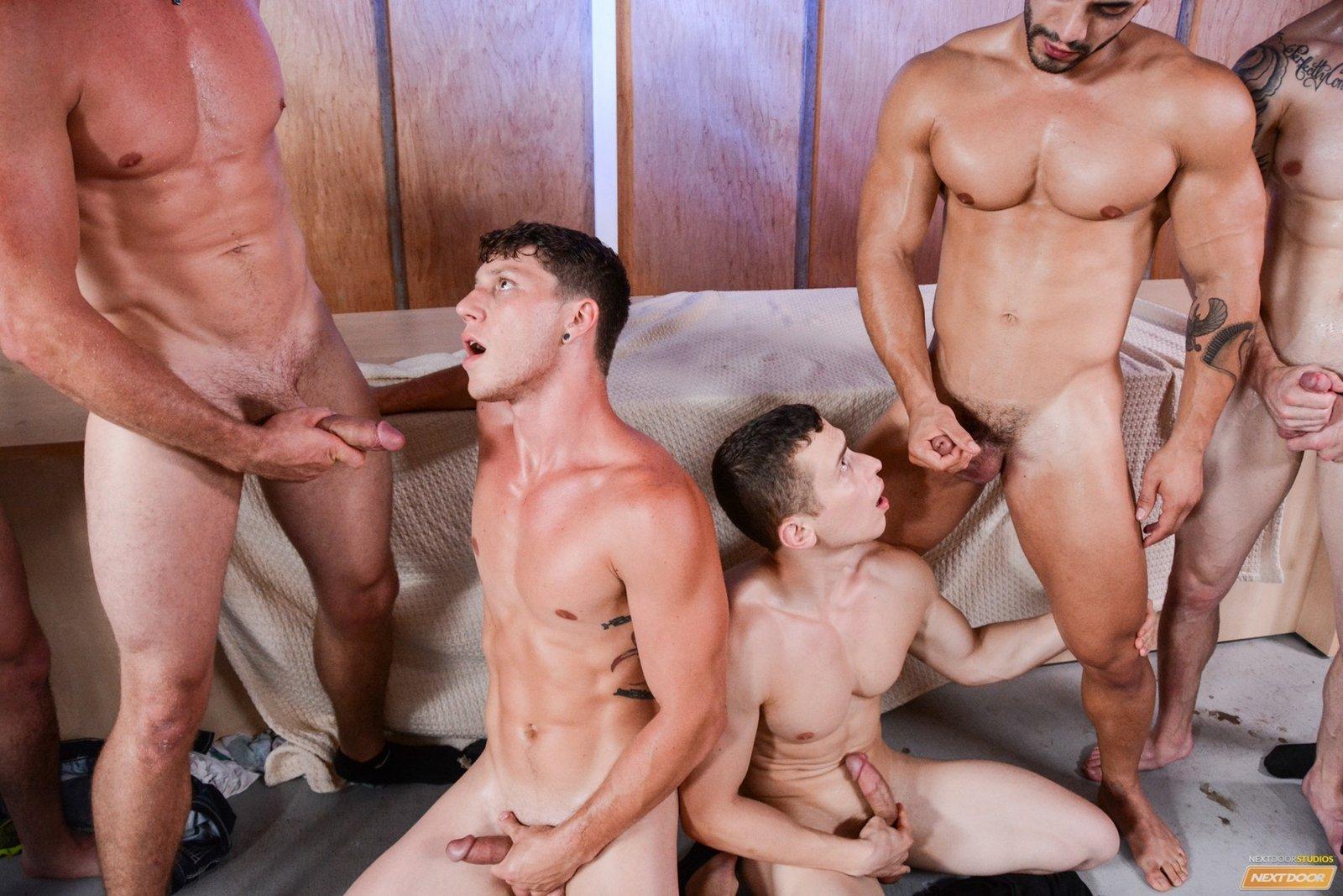 Ролики просмотров геев фото 678-506