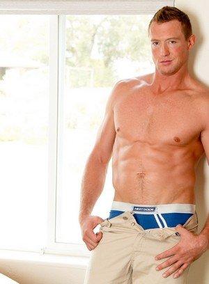 Sexy Guy Pierce Hartman,Preston Burgess,