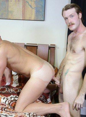 Good Looking Guy Kaydin Bennett,Luke Ewing,
