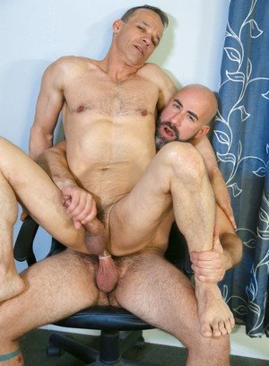 Sexy and confident Rodney Steele,Damon Andros,