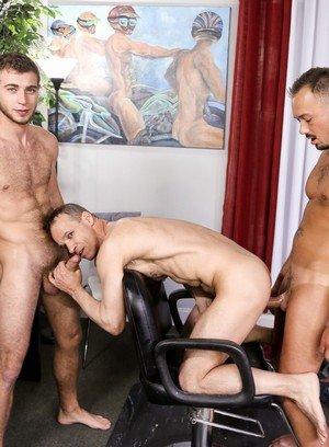Good Looking Guy Kirk Cummings,Alexander Greene,Rodney Steele,