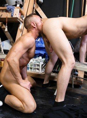 Seductive Man Asher Devin,Matt Hart,