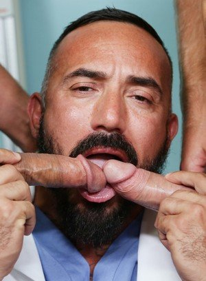 Cute Gay Alessio Romero,Peter Fields,Jace Chambers,