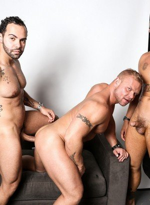 Good Looking Guy Daxton Ryder,Alejandro Fusco,Marxel Rios,