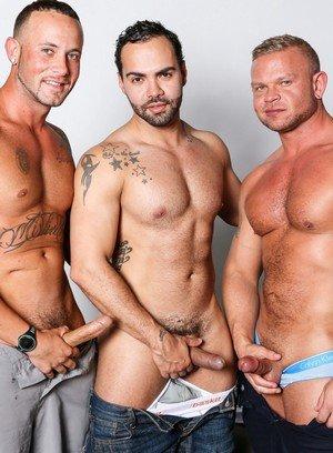 Big Dicked Gay Daxton Ryder,Alejandro Fusco,Marxel Rios,