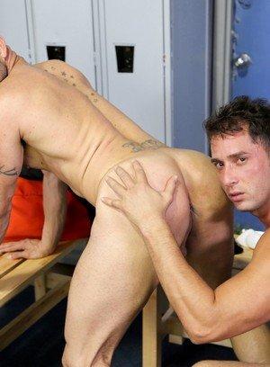 Seductive Man Armando De Armas,Alex Torres,