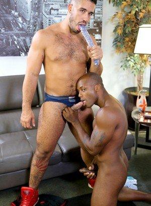 Sexy Guy Trey Turner,Osiris Blade,