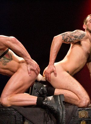 Horny Gay Chris Harder,