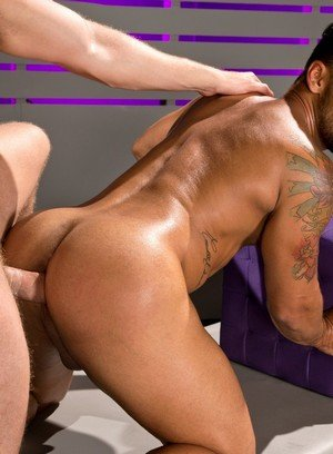 Hunky Gay Bruno Bernal,Brian Bonds,