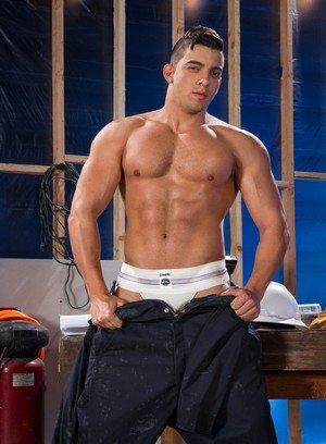 Sexy Guy Jacob Taylor,Tegan Zayne,