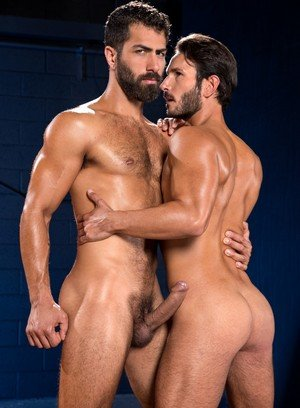 Muscle man Adam Ramzi,Mark Sanz,