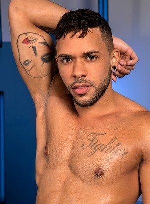 Sexy Guy Armando De Armas,Max Gianni,