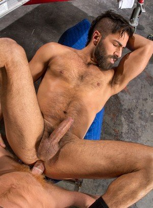 Good Looking Guy Bennett Anthony,Adam Ramzi,