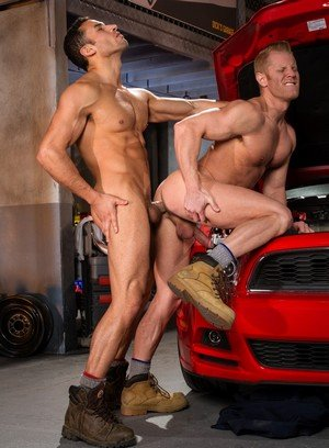 Naked Gay Ricky Decker,