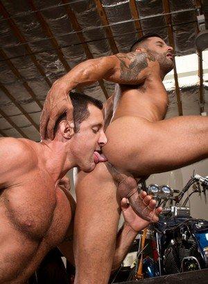 Hot Boy David Benjamin,Nick Capra,