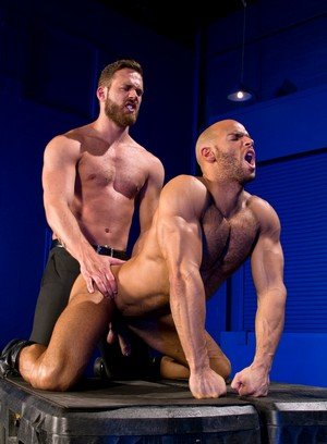 Cock Hungry Guy Sean Zevran,Logan Moore,