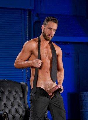 Cute Gay Logan Moore,Sean Zevran,