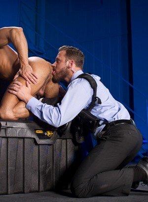 Handsome Guy Logan Moore,Sean Zevran,