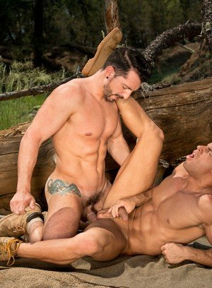 Hunky Gay Jimmy Durano,Sean Zevran,