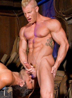 Horny Gay Dorian Ferro,