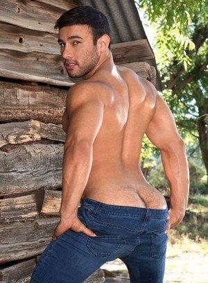 Sexy Guy Dorian Ferro,