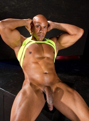 Big Dicked Gay Thomas,Chris Harder,