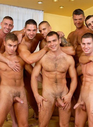 Sexy Dude Enrico Belaggio,Steve Hunt,Joshua Rodgers,Rick Bauer,