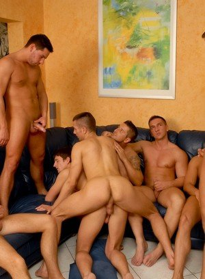Handsome Guy Claudio Antonelli,Chris Hacker,Igor Kravchuk,Solten Talton,Tom Ryan,