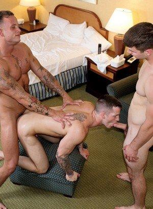Naked Gay Zack Matthews,Ivan James,Quentin Gainz,