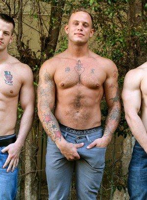 Cock Hungry Dude Zack Matthews,Ivan James,Quentin Gainz,