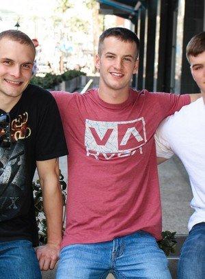 Hot Gay Colton Phobos,Ivan James,Quentin Gainz,