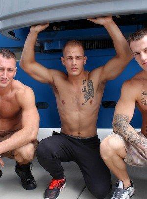 Sexy Guy Quentin Gainz,Craig Cameron,