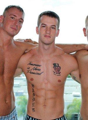 Big Dicked Gay Quentin Gainz,Craig Cameron,