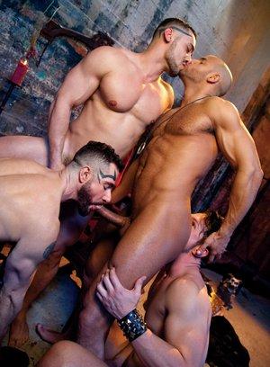 Naked Gay Arad Winwin,Gabriel Alanzo,Sean Zevran,Dean Monroe,