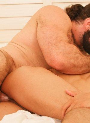 Hunky Gay Jaxton Wheeler,Armond Rizzo,
