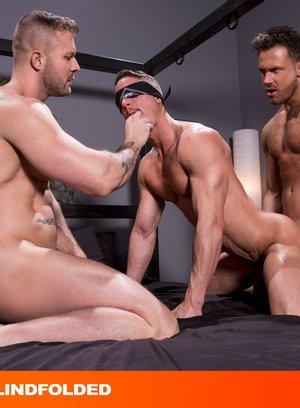Naked Gay Skyy Knox,Logan Moore,Austin Wolf,