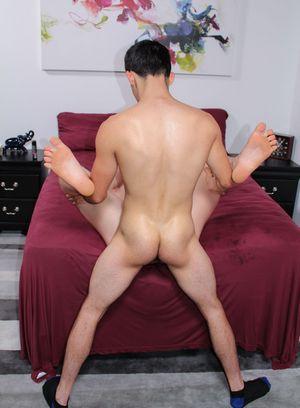Hunky Gay Kevin Grey,Billie Starz,