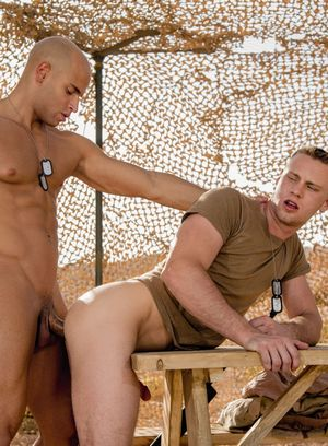 Naked Gay Brandon Evans,Sean Zevran,