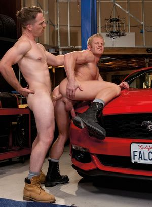 Seductive Man Nate Stetson,Johnny V,