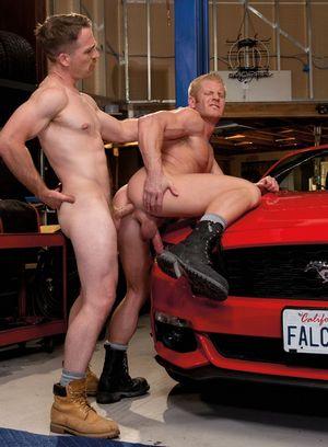 Seductive Man Johnny V,Nate Stetson,