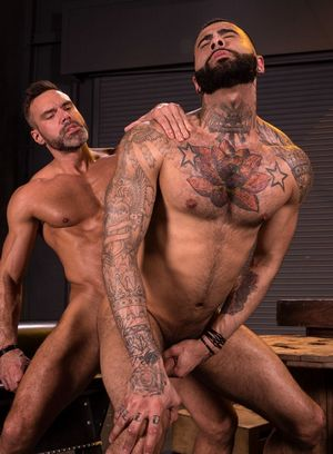 Good Looking Guy Manuel Skye,Rikk York,