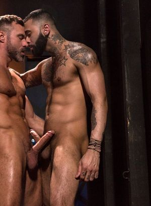 Handsome Guy Rikk York,Manuel Skye,