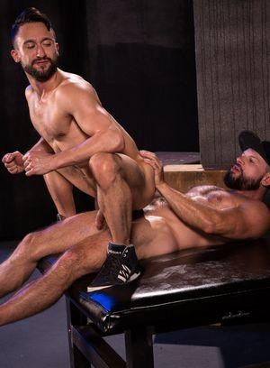Seductive Man Tex Davidson,Ryan Finch,