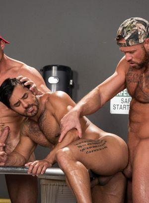 Hot Boy Pierce Paris,Michael Roman,Bruno Bernal,