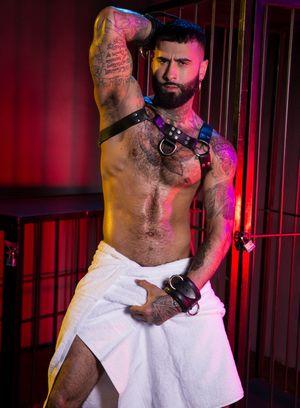Hot Gay Pierce Paris,Rikk York,